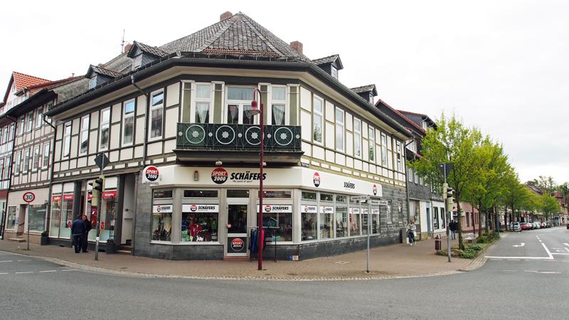 Benser Straße 1.